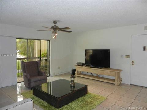 Living Room 86 St 7975 sw 86 st #206, miami, fl 33143 mls# a10307460 - movoto