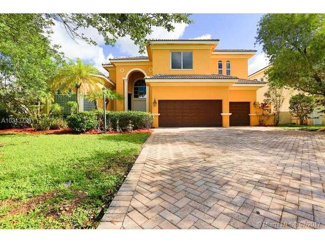 12637 NW 65th Dr, Parkland, FL 33076