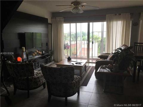 8887 Fontainebleau Blvd #407, Miami, FL 33172