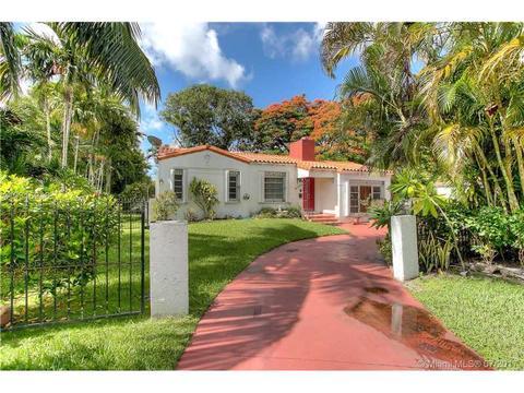 4390 SW 14th St, Miami, FL 33134