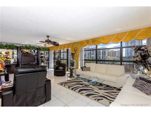 600 Parkview Dr #510, Hallandale, FL 33009