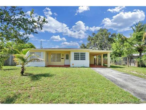 3870 Jackson Blvd, Fort Lauderdale, FL 33312
