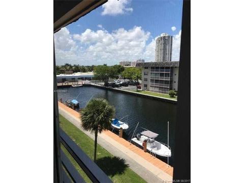 3551 NE 169th St #412, North Miami Beach, FL 33160