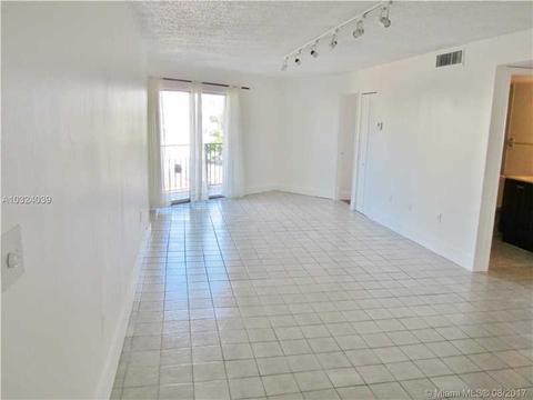 7830 Dickens Ave #401, Miami Beach, FL 33141