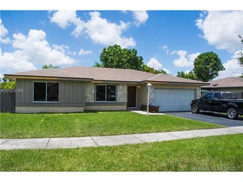 11056 SW 137th Pl, Miami, FL 33186