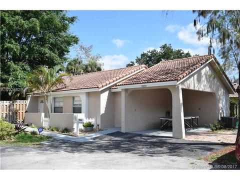 9009 NW 13th Ct, Coral Springs, FL 33071