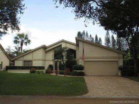 5133 NW 81st Ter, Coral Springs, FL 33067
