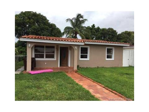 633 W 36 St, Hialeah, FL 33012