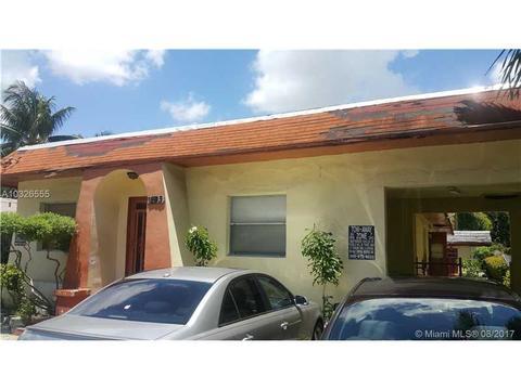 1243 SW 6th St, Miami, FL 33135