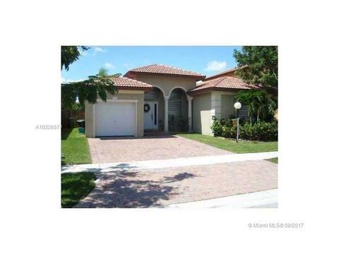 1250 NE 42 Ave, Homestead, FL 33033