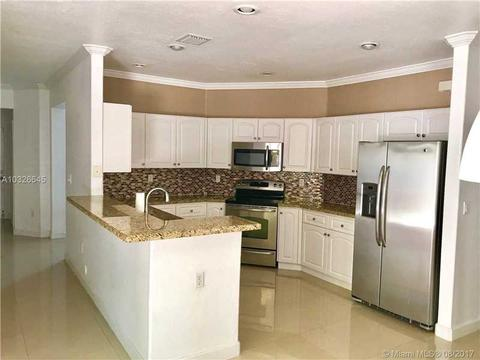4606 NW 95th Ave, Doral, FL 33178
