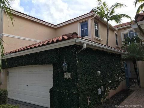 942 Harbor Vw, Hollywood, FL 33019