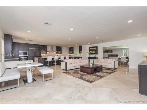 10000 NW 41, Hollywood, FL 33024