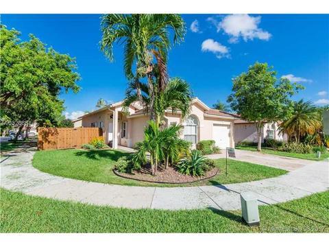 14692 SW 155 Pl, Miami, FL 33196