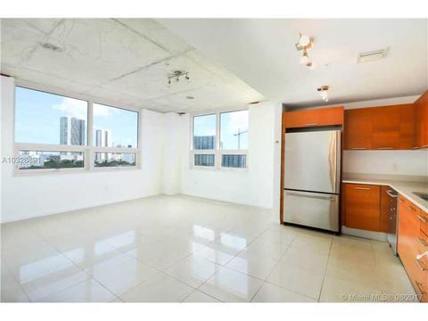 3250 NE 1st Ave #716, Miami, FL 33137