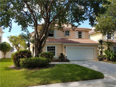 11127 NW 46th Dr, Coral Springs, FL 33076