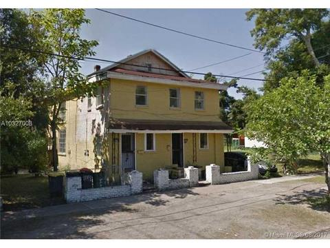1150 Pippin #1-2, Other City - In The State Of Florida, FL 32206
