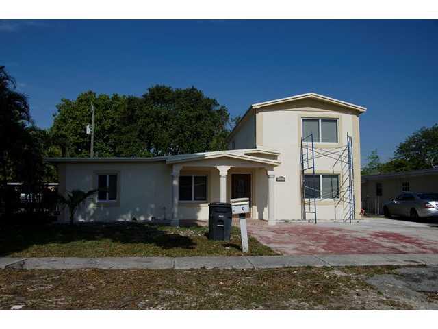 13640 NW 2 Ave, Miami, FL