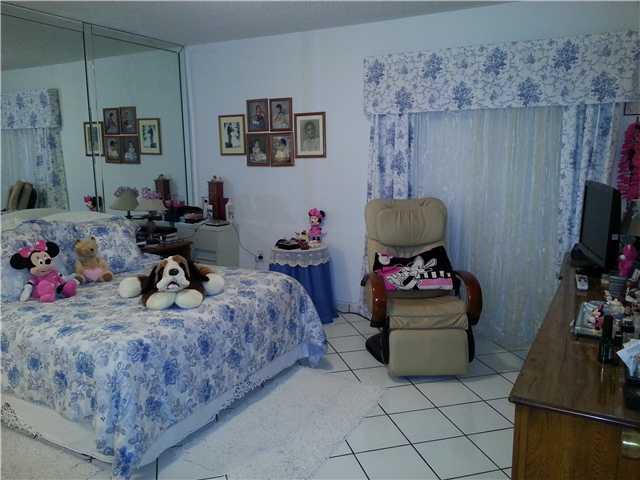 14537 SW 96 Te, Miami FL 33186