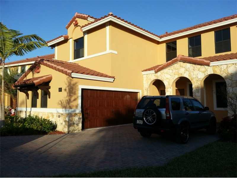 827 NW 97 Court, Miami, FL 33172