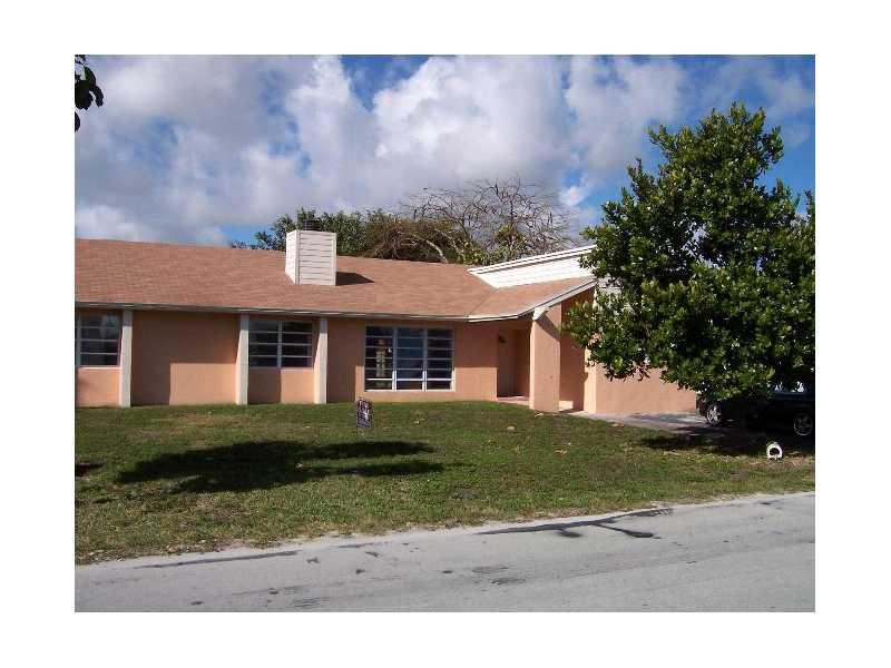 18420 SW 129 Ave, Miami, FL