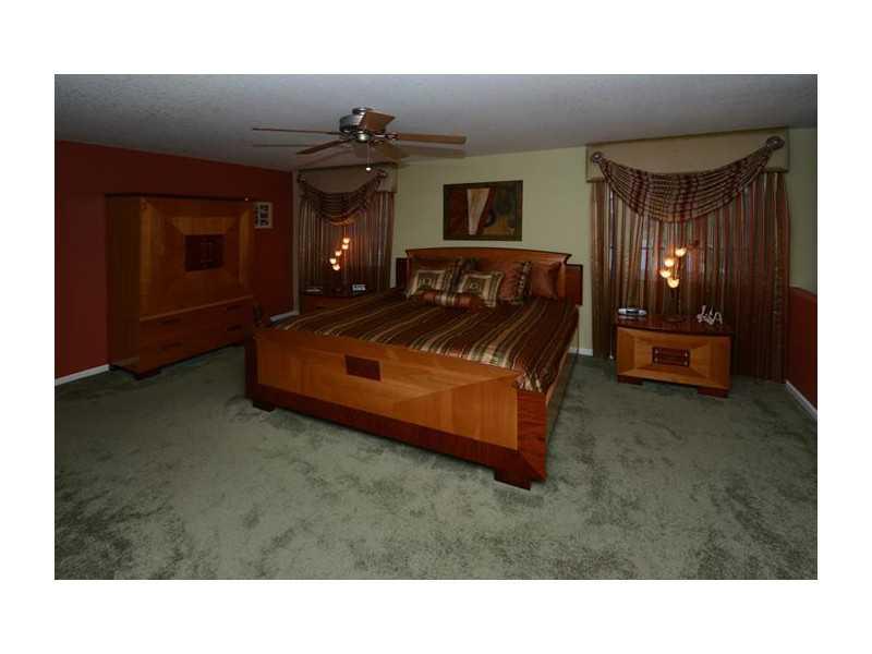 4099 Cinnamon Way Fort Lauderdale, FL 33331