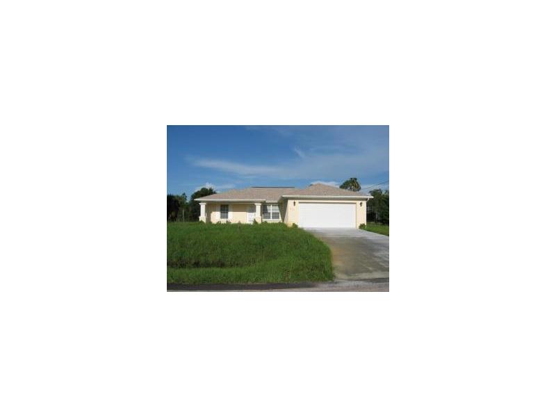 513 Washington Ave, Lehigh Acres, FL