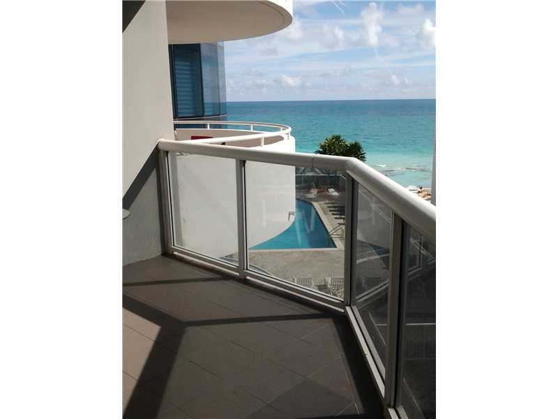 6301 Collins Ave #APT 904, Miami Beach, FL