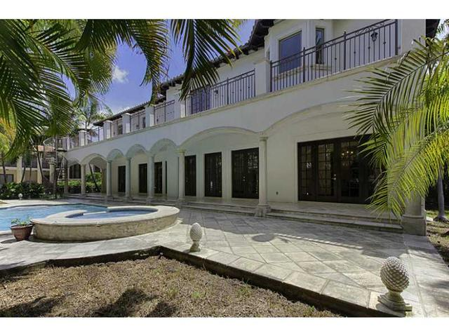 154 Isla Dorada Bl, Coral Gables, FL 33143