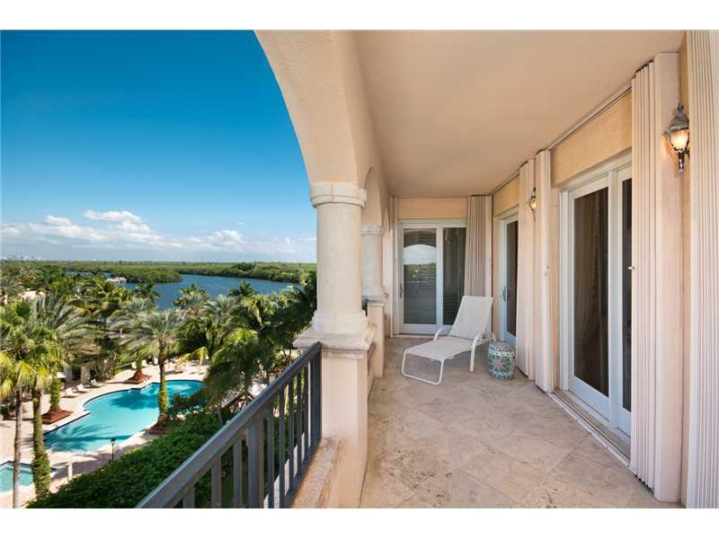 13643 Deering Bay Dr #APT 156, Miami, FL
