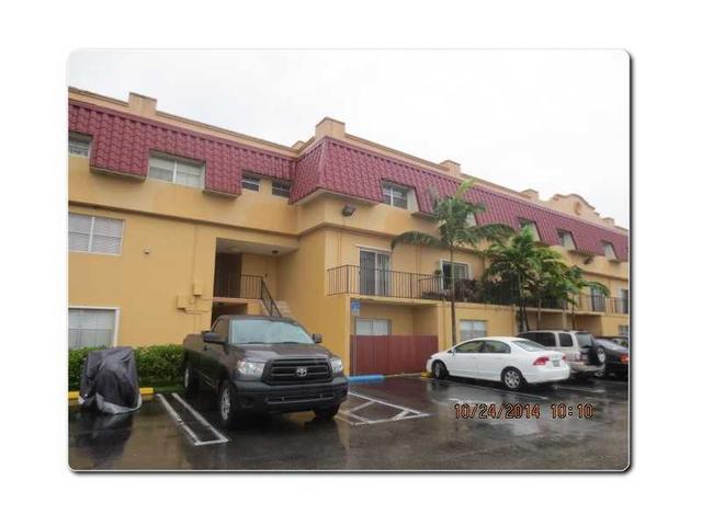 8600 SW 67 Ave #909, Miami, FL 33143