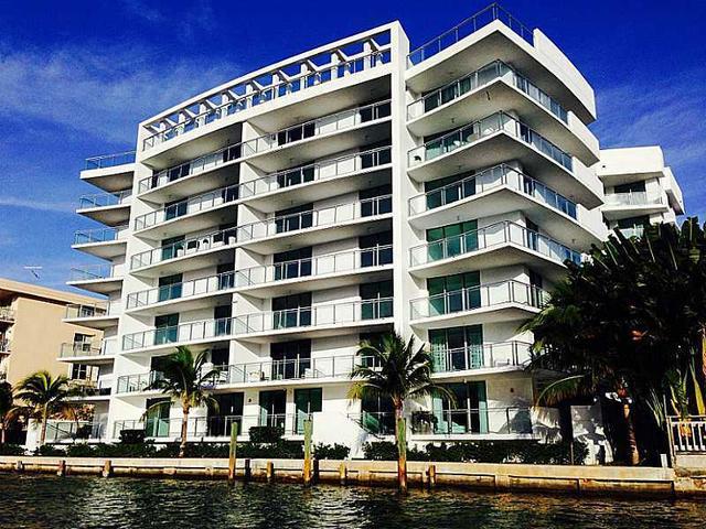 9400 W Bay Harbor Dr #504, Bay Harbor Islands, FL 33154