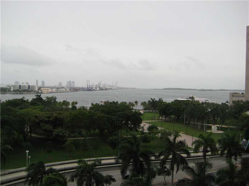 50 Biscayne Bl #803, Miami, FL 33132