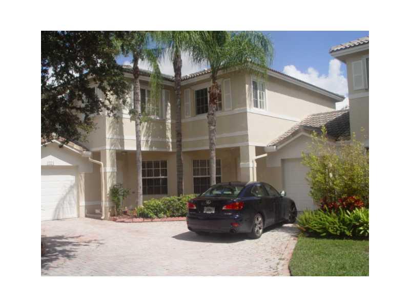 2269 NW 171 Te, Pembroke Pines, FL