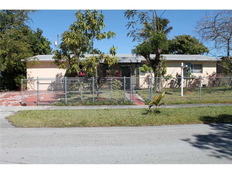 9935 SW 166 St, Miami, FL