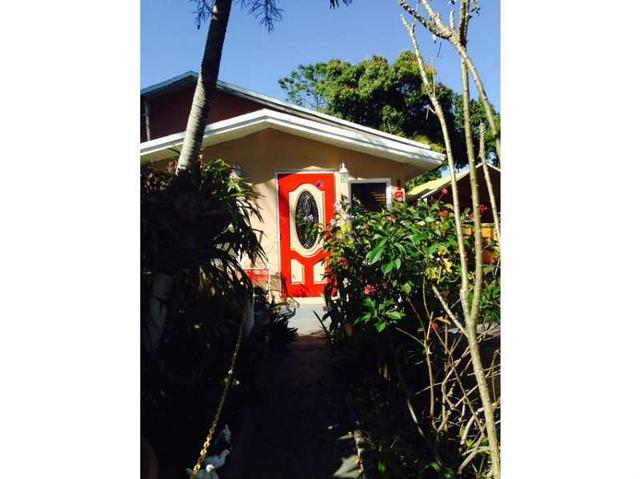 151 NW 44 St, Miami, FL 33127