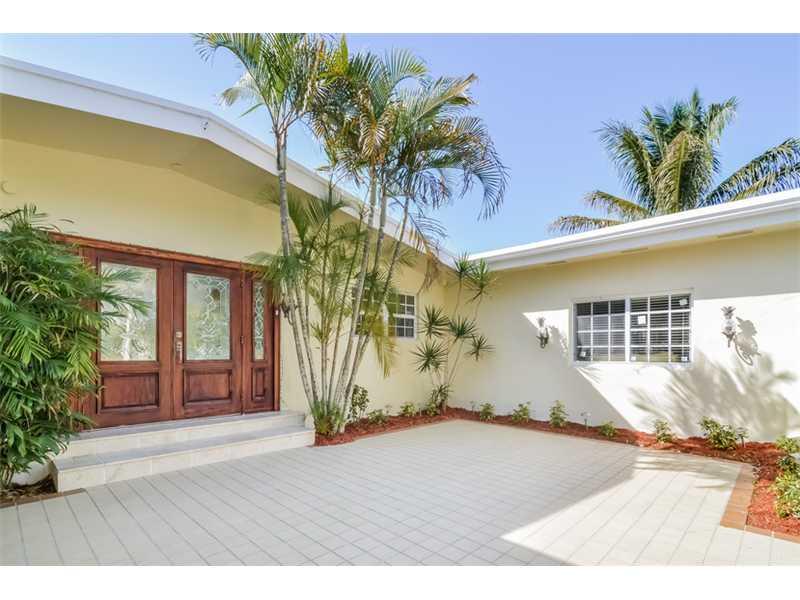 6260 SW 144 St, Miami FL 33158