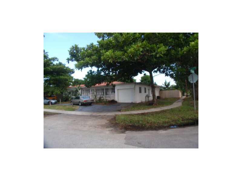 50 NE 134 St, Miami, FL