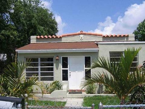 29 NW 69 St, Miami, FL 33150