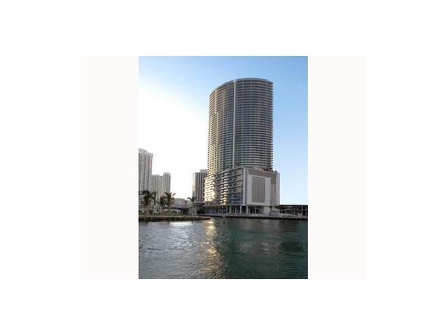 200 Biscayne Blvd Way #3212, Miami, FL 33130