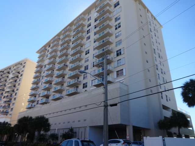 437 Golden Isles Dr #APT 7f, Hallandale, FL