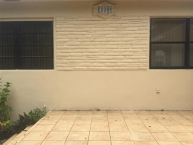 13300 NE 10 Avenue, Miami, FL 33161