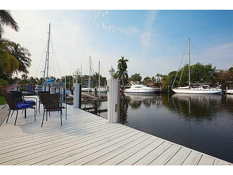 1528 Argyle Dr, Fort Lauderdale, FL