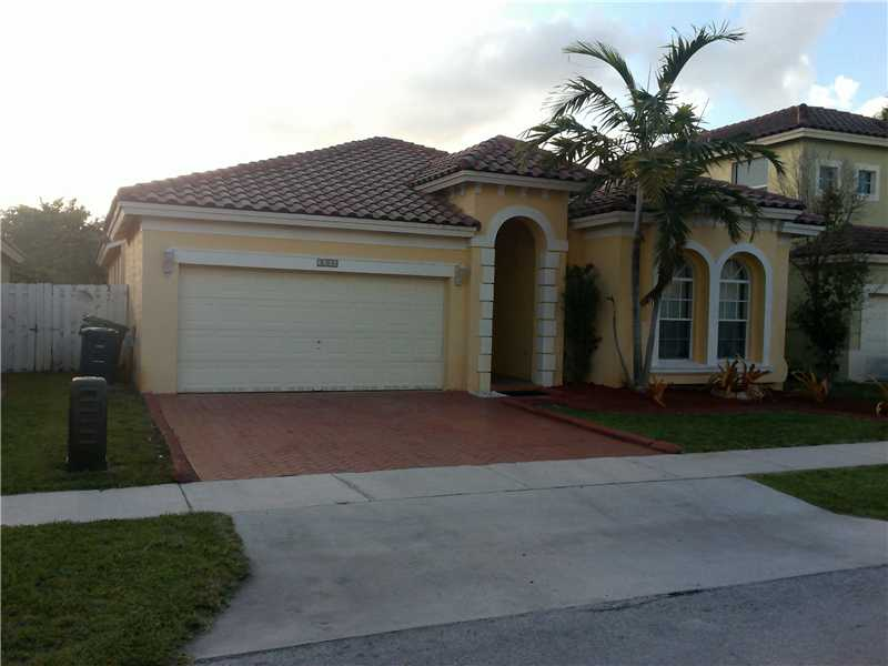 5308 SW 133 Ave, Hollywood, FL