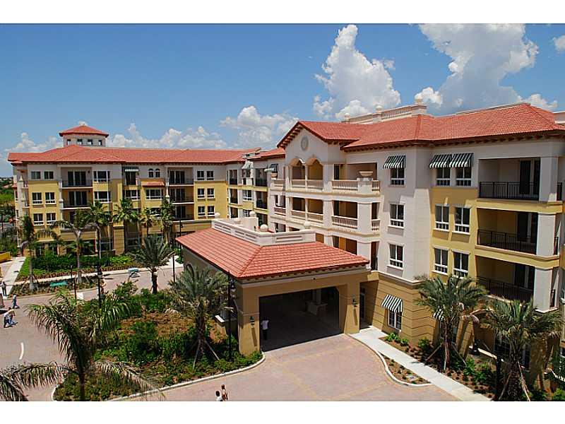 16102 Emerald Estates Dr #APT 302, Fort Lauderdale, FL