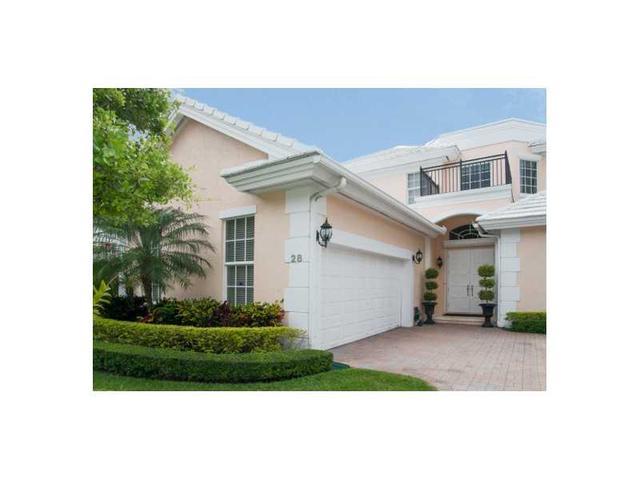 28 Grand Bay Estate Cr, Key Biscayne, FL 33149