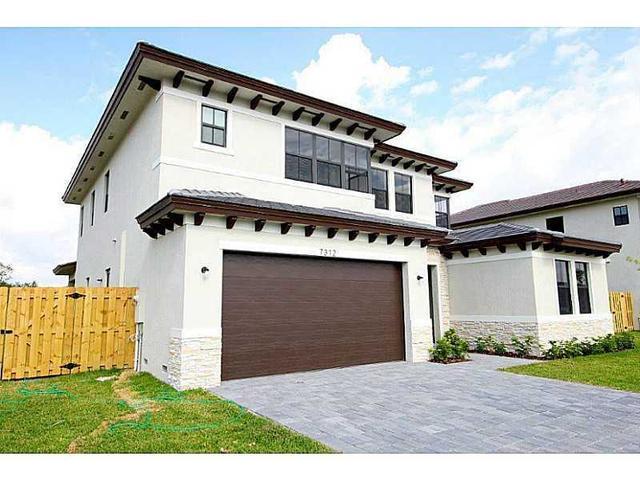 7341 SW 163 Ct, Miami, FL 33193