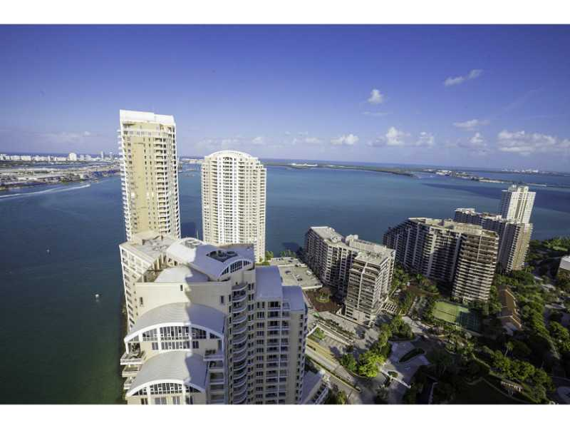 900 Brickell Key Bl #APT 3303, Miami, FL