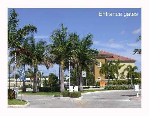 2851 W Prospect Rd #611, Tamarac, FL 33309