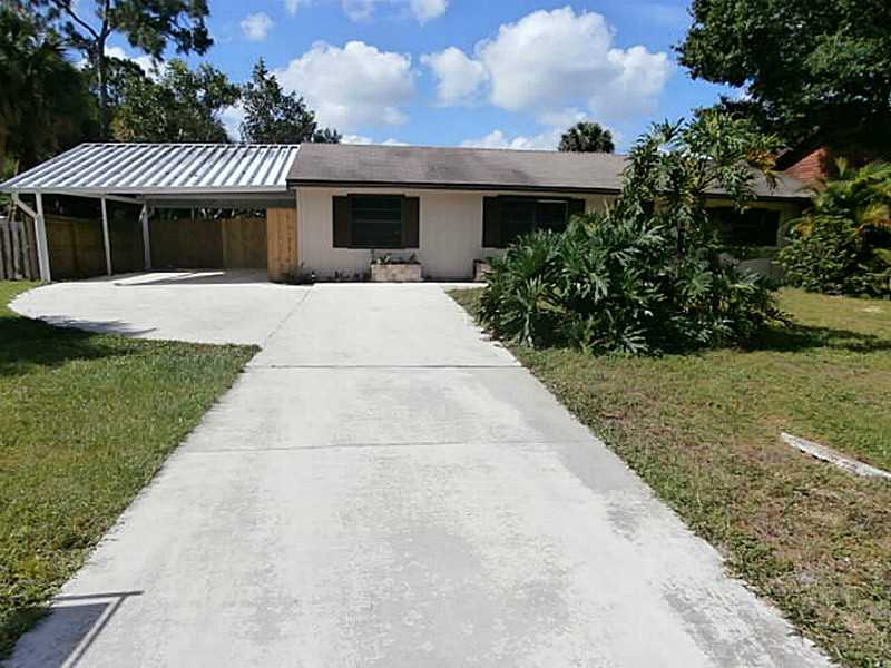 8303 Pensacola Rd, Fort Pierce, FL 34951